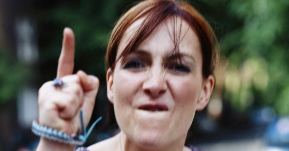 mulher-brava-descontrolada-descontrole-irritacao-briga-discussao-1317215715267_956x500