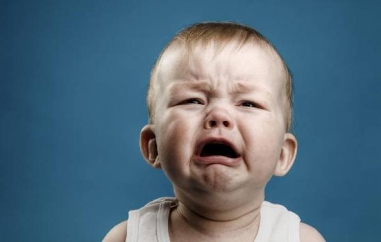 crianca chorando