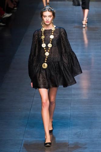 dolce-e-gabbana-milan-fashion-week-spring-2013-2-03