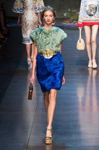 dolce-e-gabbana-milan-fashion-week-spring-2013-2-21