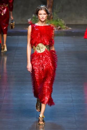 dolce-e-gabbana-milan-fashion-week-spring-2013-2-32