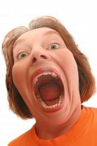 mulher-de-boca-aberta