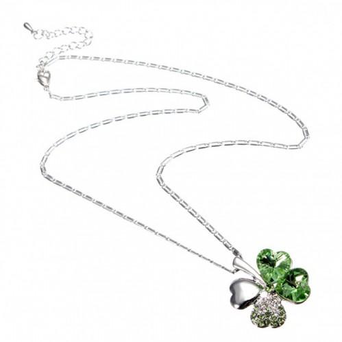 colar-pingente-trevo-quatro-folhas-cristais-swarovski-3-700x700