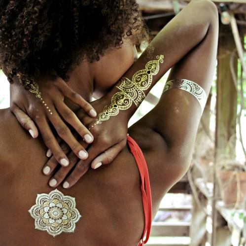 Sheebani-flash-tattoo-on-black-bridal-bliss
