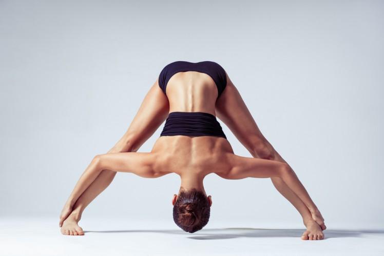 postura-prasarita-padottanasana