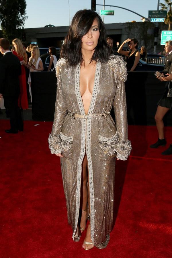 GRAMMY kim-kardashian-grammys-2015-grammy-awards