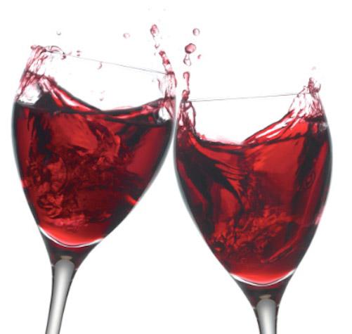 brinde-com-vinho-tinto1
