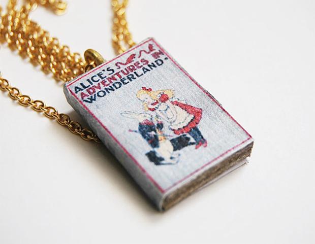 colares-livros-bunnyhell-04