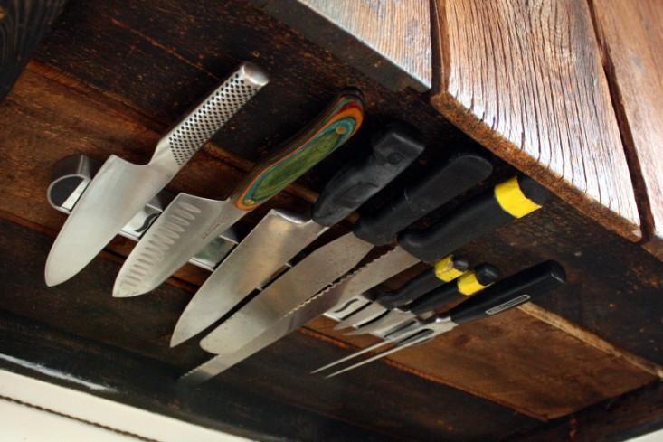 diy-under-counter-knife-rack-remodelista_0