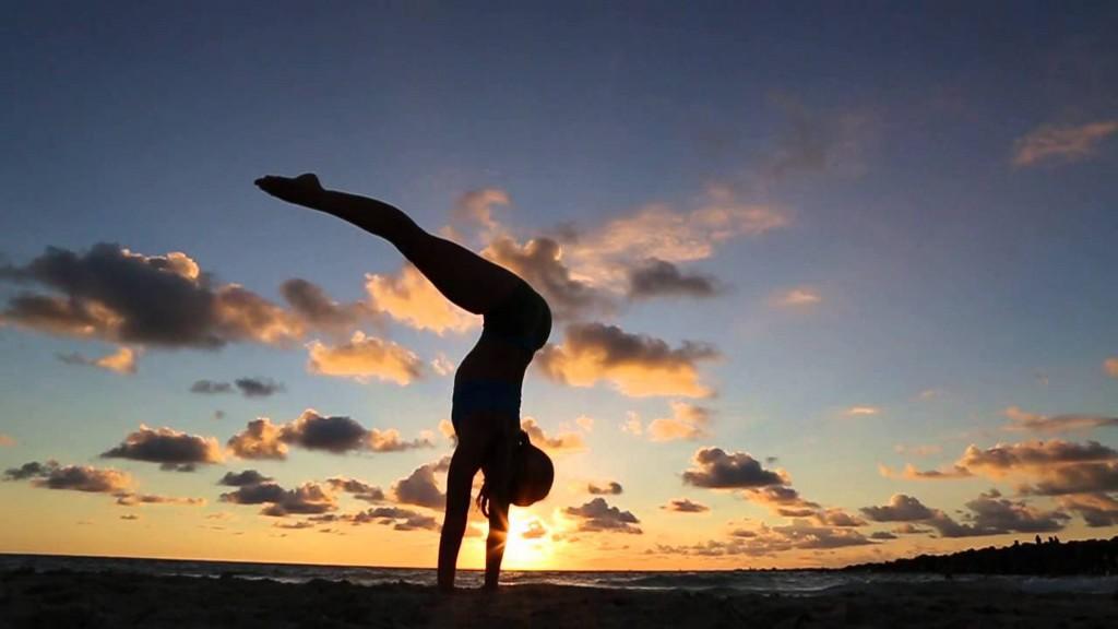 pratica_de_yoga_em_jericoacoara