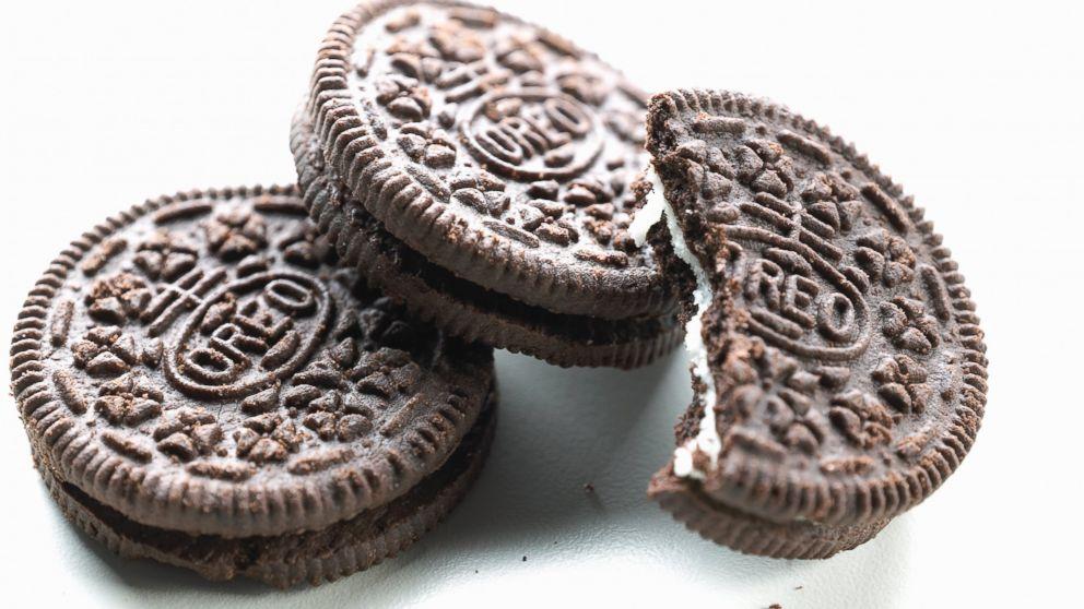 GTY_oreo_cookies_tk_131016_16x9_992