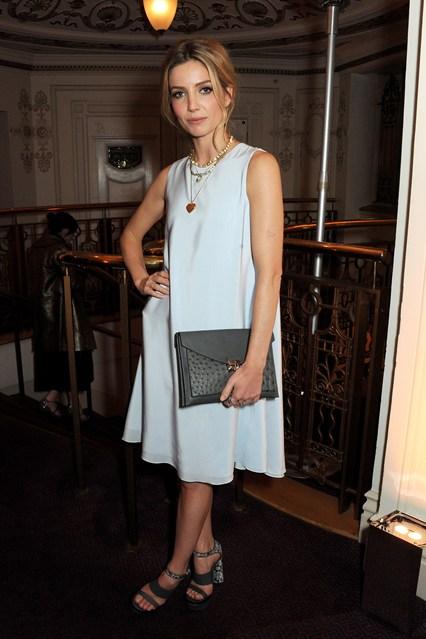 annabelle 4-wallis-british-fashion-awards-3dec13-getty_426x639