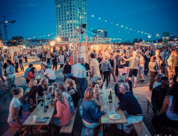 Festivaltrek_S-Hertogenbosch_2015_096-2000x1240