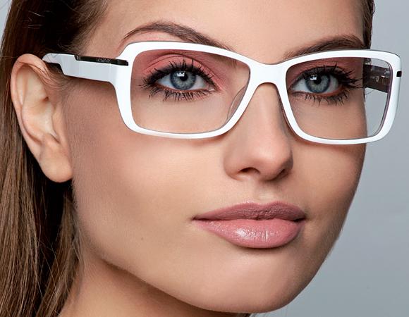 815fd2f17582e Dicas ótimas de maquiagem para quem usa óculos de grau – MK