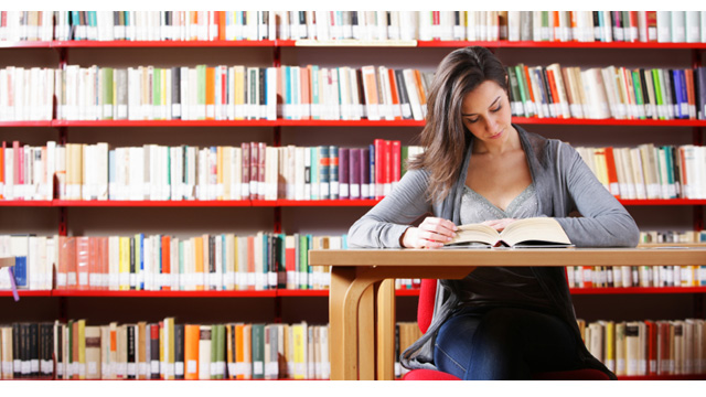 student-studying-library