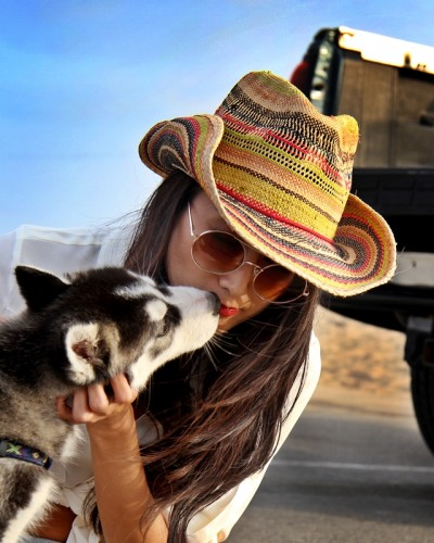 womens-cowboy-hats-wholesale-dynamic-asia-model-alexandra-choi-los-angeles-beach-400x500