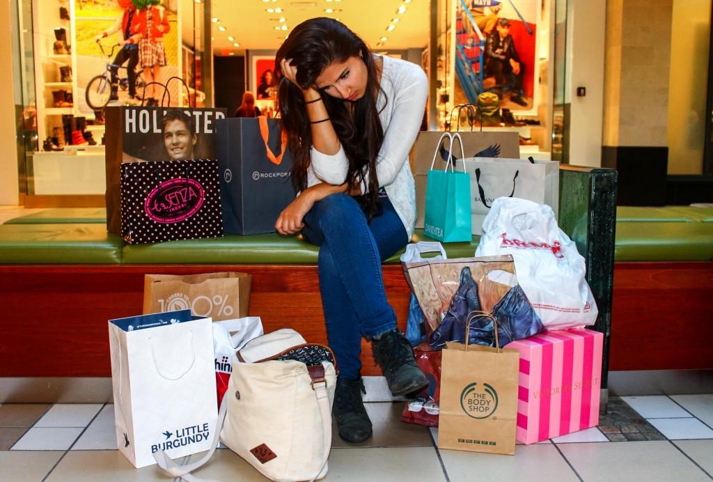 BuyingHapiness_AmandaRolfe