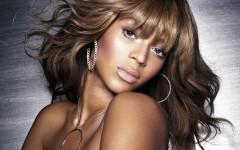 beyonce_singer_actress_lips_eyes_hair_12712_3840x2400