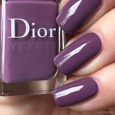 unhas violeta dior