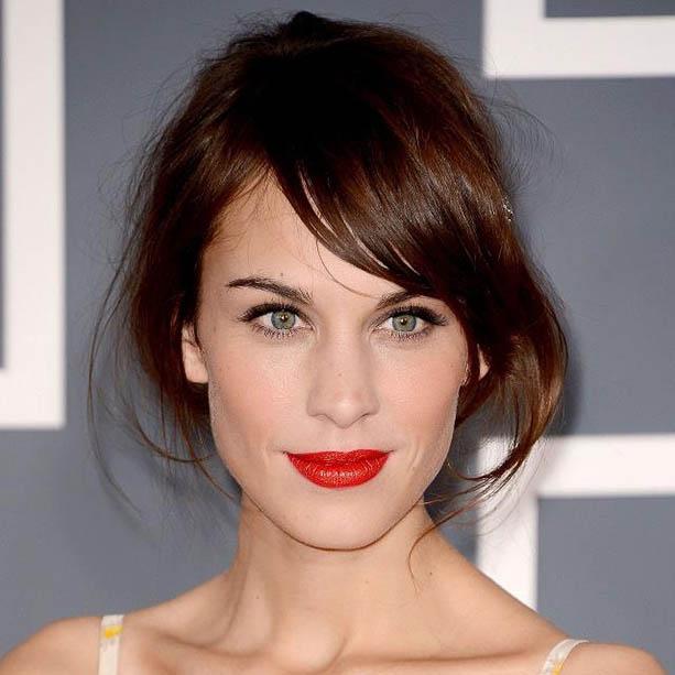 alexa-chung-red-lips