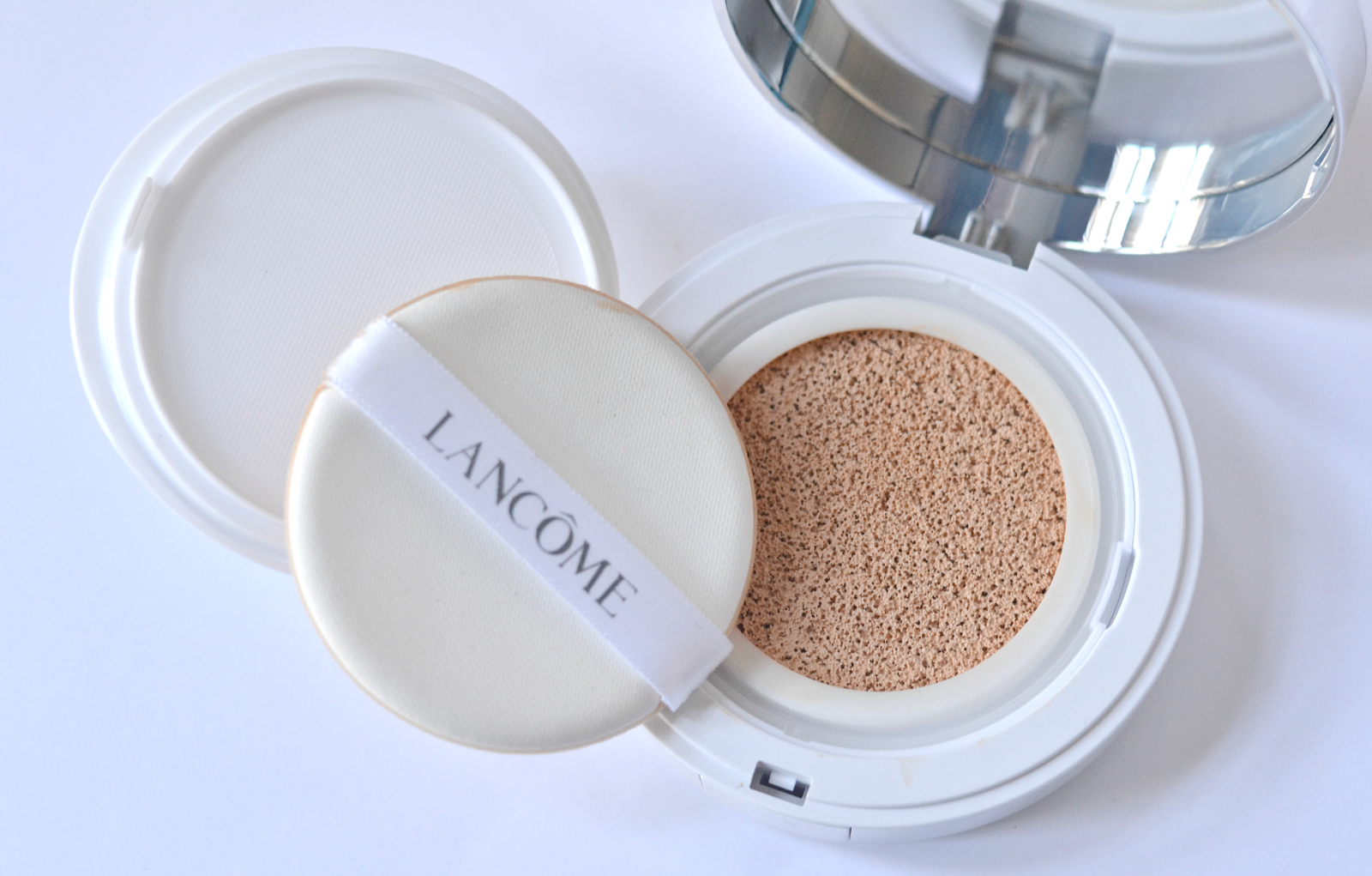 lancom-cushion-miracle-foundation