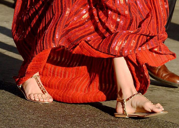 flat-gal-gadot-detalhe-vermelho