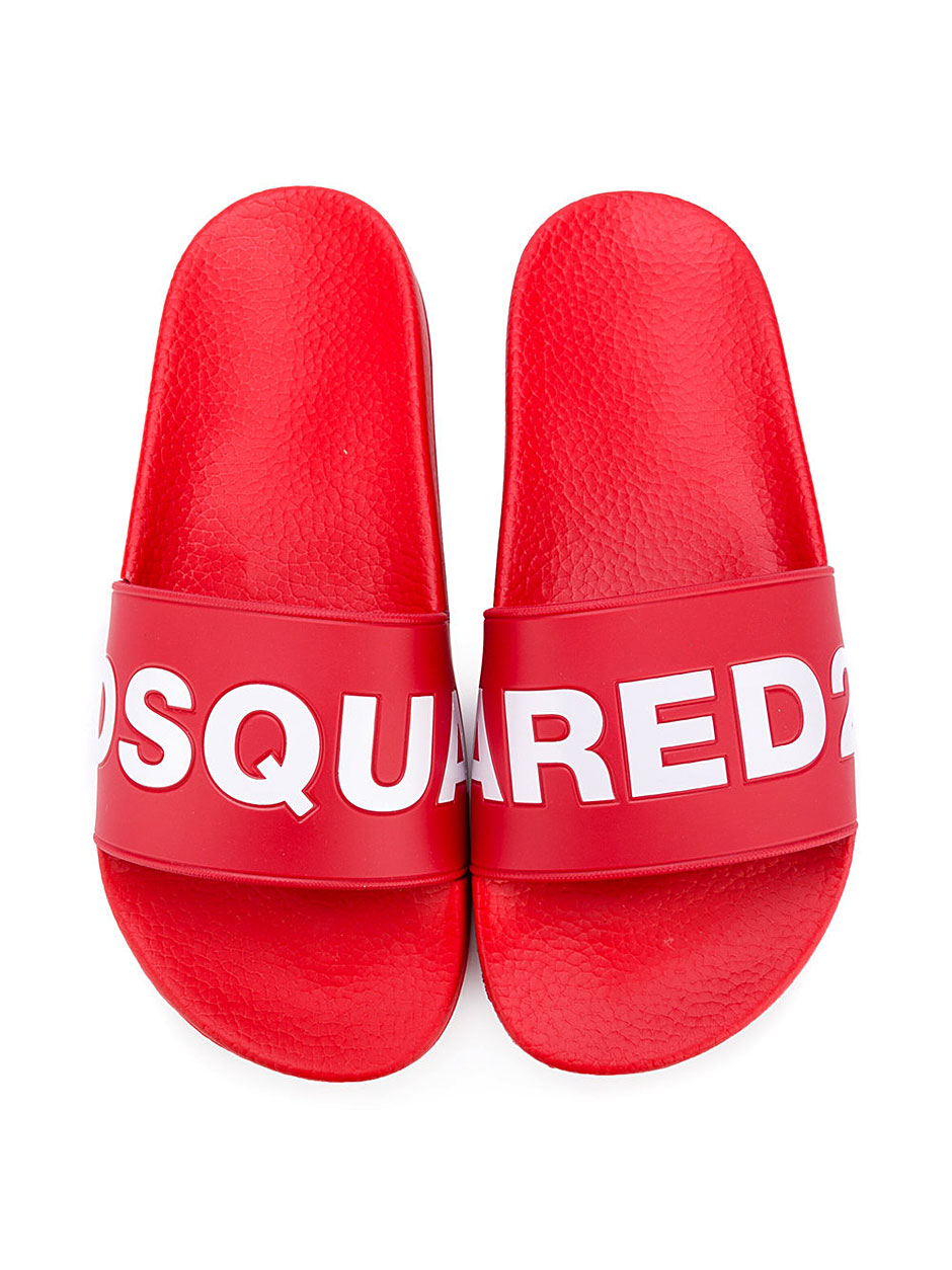 chinelo-dsquared