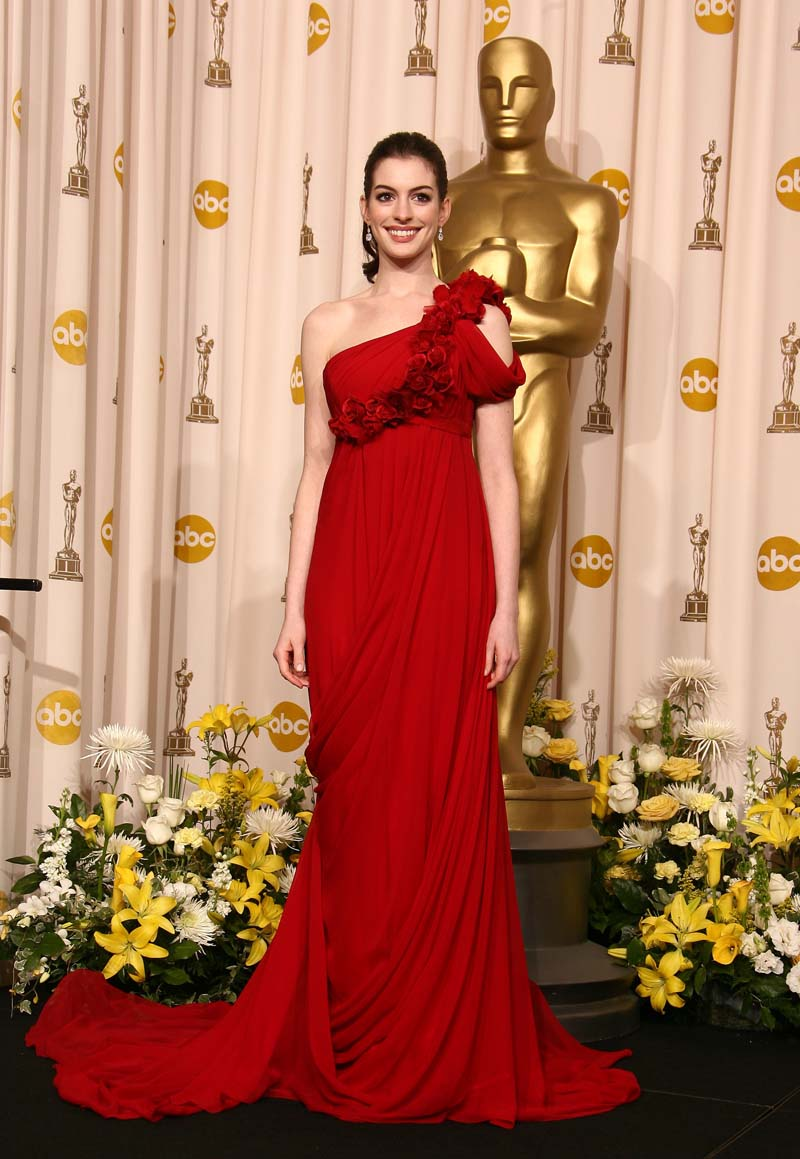 HOLLYWOOD - FEBRUARY 24: Actress Anne Hathaway poses in the press room during the 80th Annual Academy Awards at the Kodak Theatre on February 24, 2008 in Los Angeles, California. (Photo by Steve Granitz/WireImage)