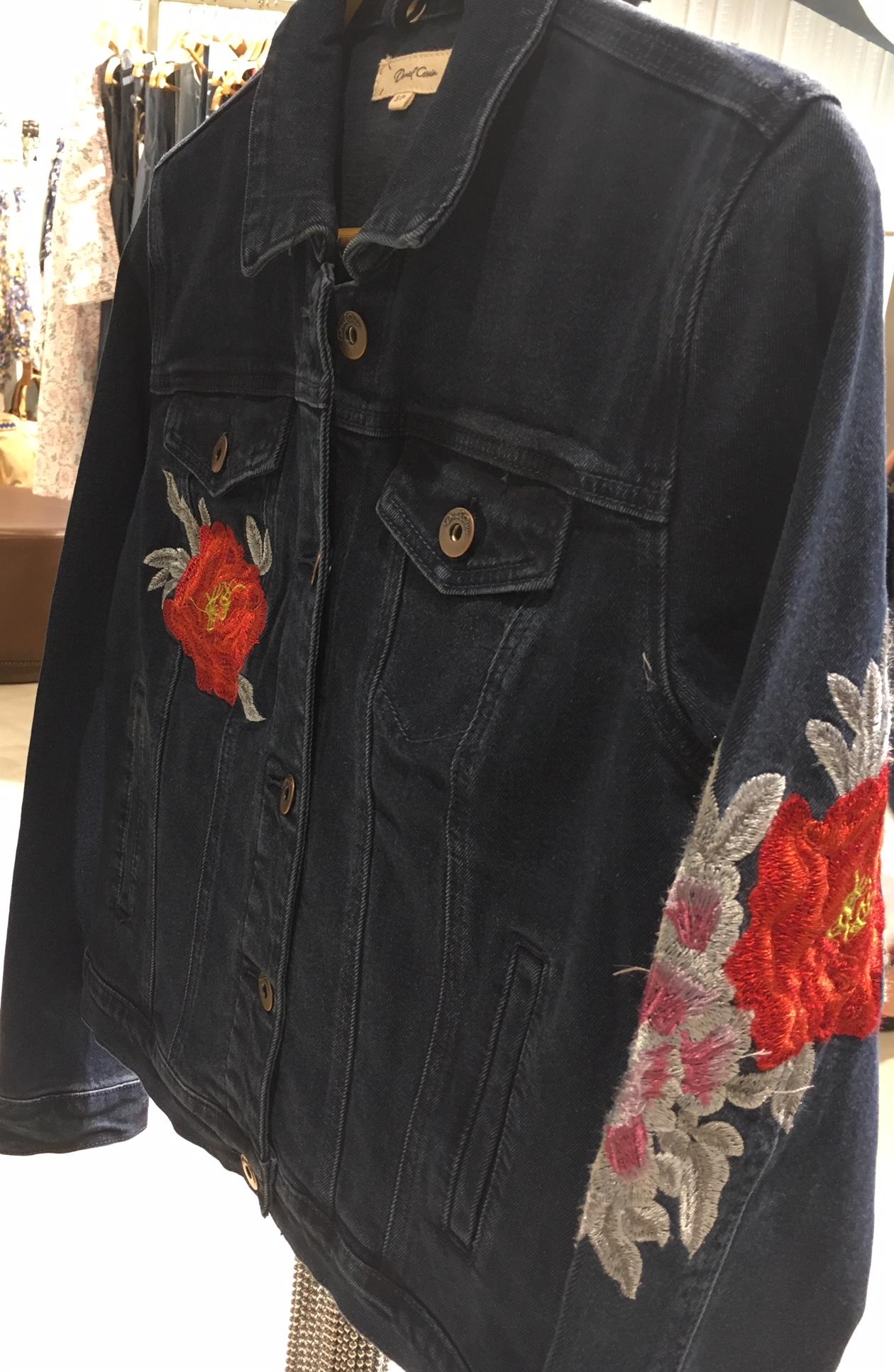 dc-jaqueta-jeans-lado