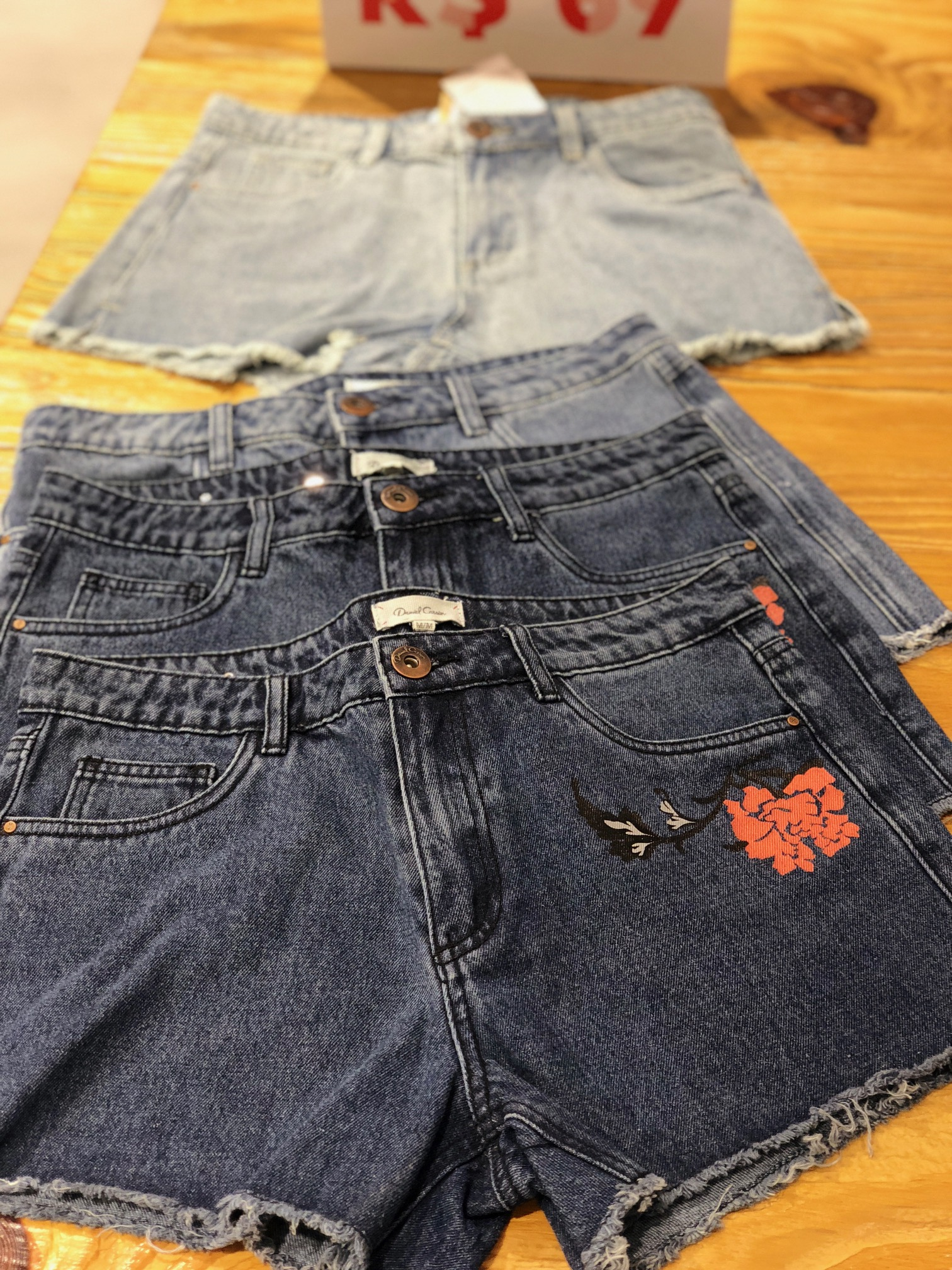 00dc-shorts-jeans-mais