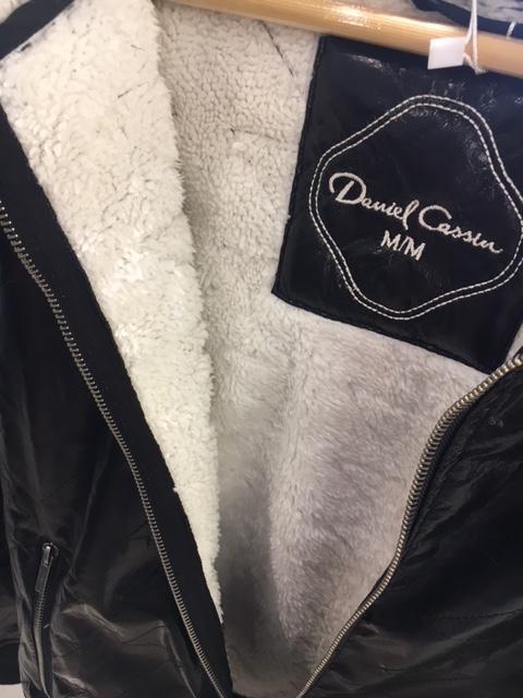dc-jaqueta-vinil-por-dentro