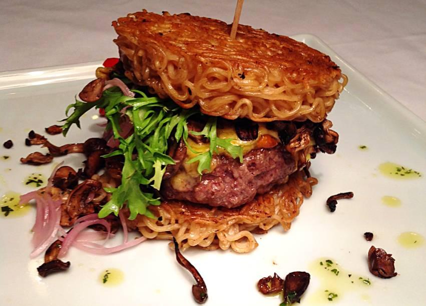 astolpho-miojoburger3
