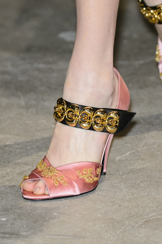 royal-prada-shoes-1