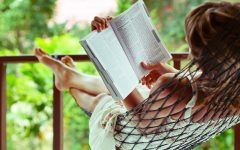 woman-reading-relaxing