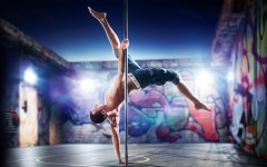 Pole-fitness-dancing-men-SLD-e1358912985144