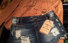 Short jeans John John. De R$ 338 por R$ 168