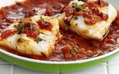 peixe-com-molho-de-tomate